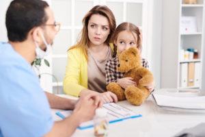 Синехии — причины появления у девочек, симптомы и методы лечения